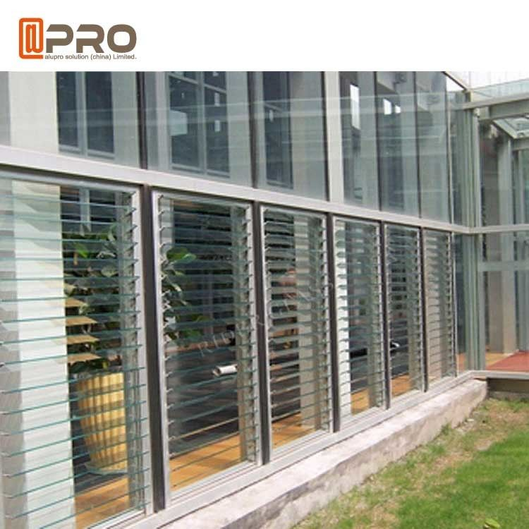 Vertical Open Glass Panel Aluminium Louver Window Architectural Exterior Sun Shade